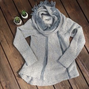 Angel of the North Anthropologie Small Sweater